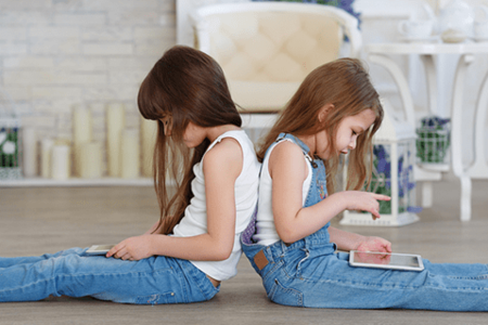 Helping Kids Achieve Electronic-Digital Balance
