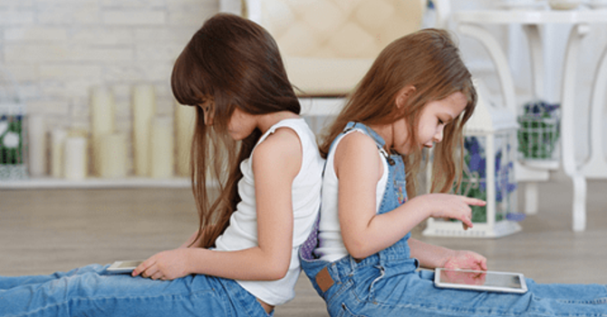 Helping Kids Achieve Electronic-Digital Balance image